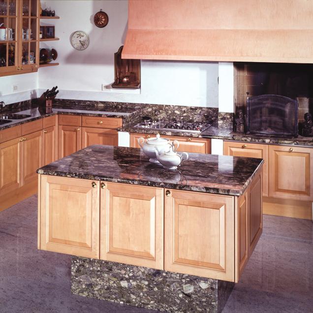 Top cucina in granito - Catalogo offerte | Ferrari Graniti